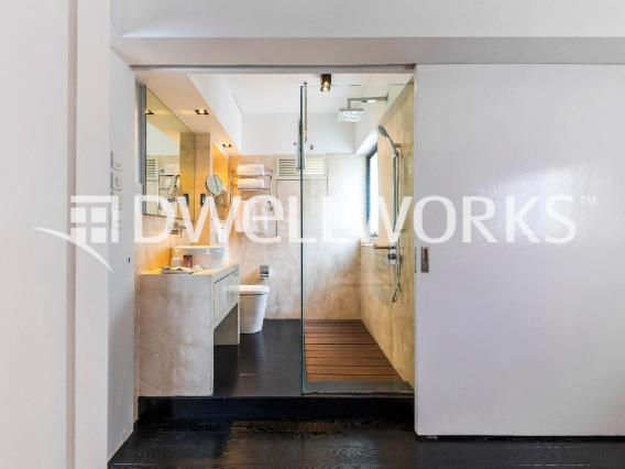 Hollywood Hill Serviced Apartment