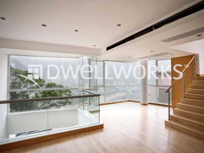 81 Repulse Bay Road